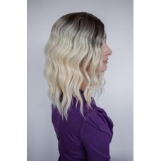 Короткий парик блондинка затемненные корни ( 5327 )