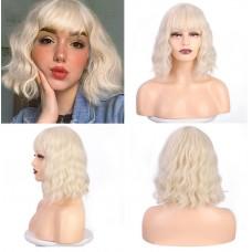Коротка перука блондинка з чубчиком ( 2934 )